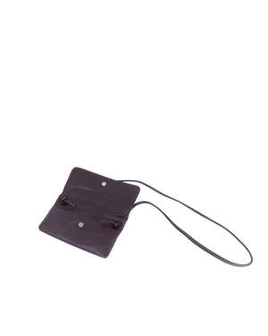 TAT_flap_crossbody_145633_brown-inside magnet tap