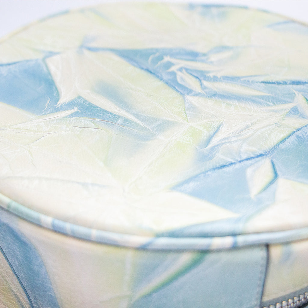 TAT_illusory_hatbackpack_191002 cottoncandy_leather close up