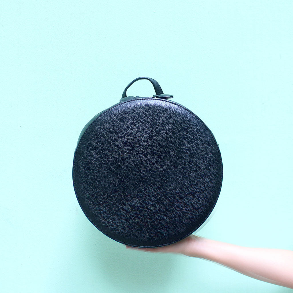 #ROLLROLLROLL Leather Round Backpack | TAT