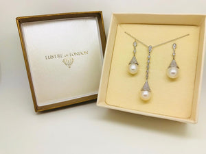 ELIANA PEARL DROP EARRINGS