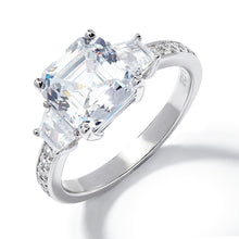 Load image into Gallery viewer, ASSCHER CUT ENGAGEMENT RING
