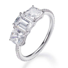 Load image into Gallery viewer, EMERALD & PRINCESS CUT RING