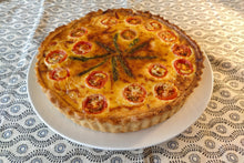 Load image into Gallery viewer, Quiche (6 pax)* Lorraine or Vegetable