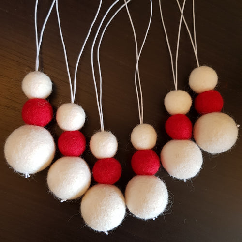 Christmas Felt Ball Tree Decoration - Aromatherapy Diffuser Red and White - Home & Car Diffuser / Freshner - Altruis Living