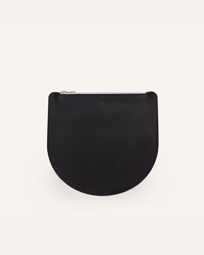 Black Portland Round Pouch in Italian Leather