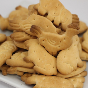 Animal Shaped Biscuit - 3kg Tin - Travel Recommends Shop