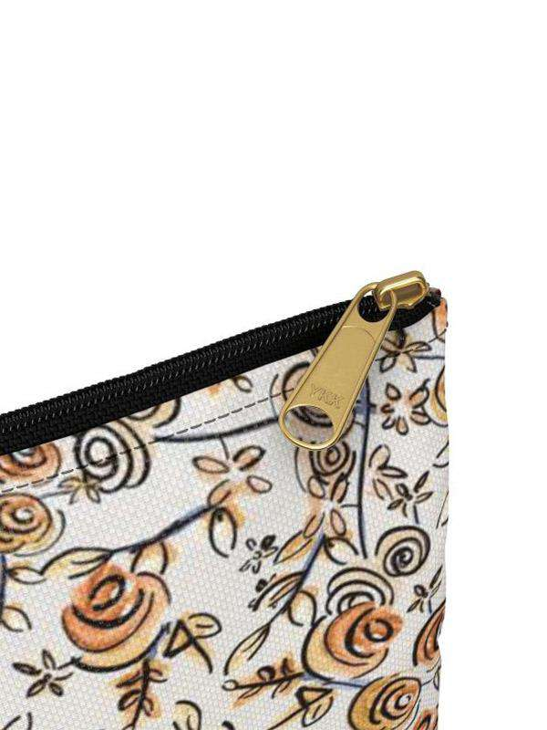 Zacchissimi Travel Storage pouch design