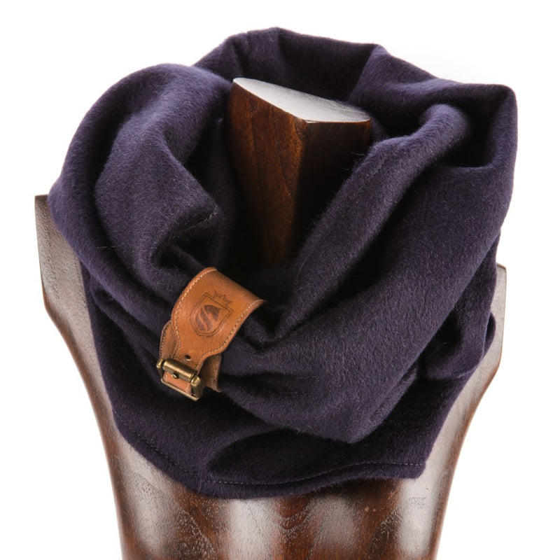 Cambridge Cashmere Snood - Navy