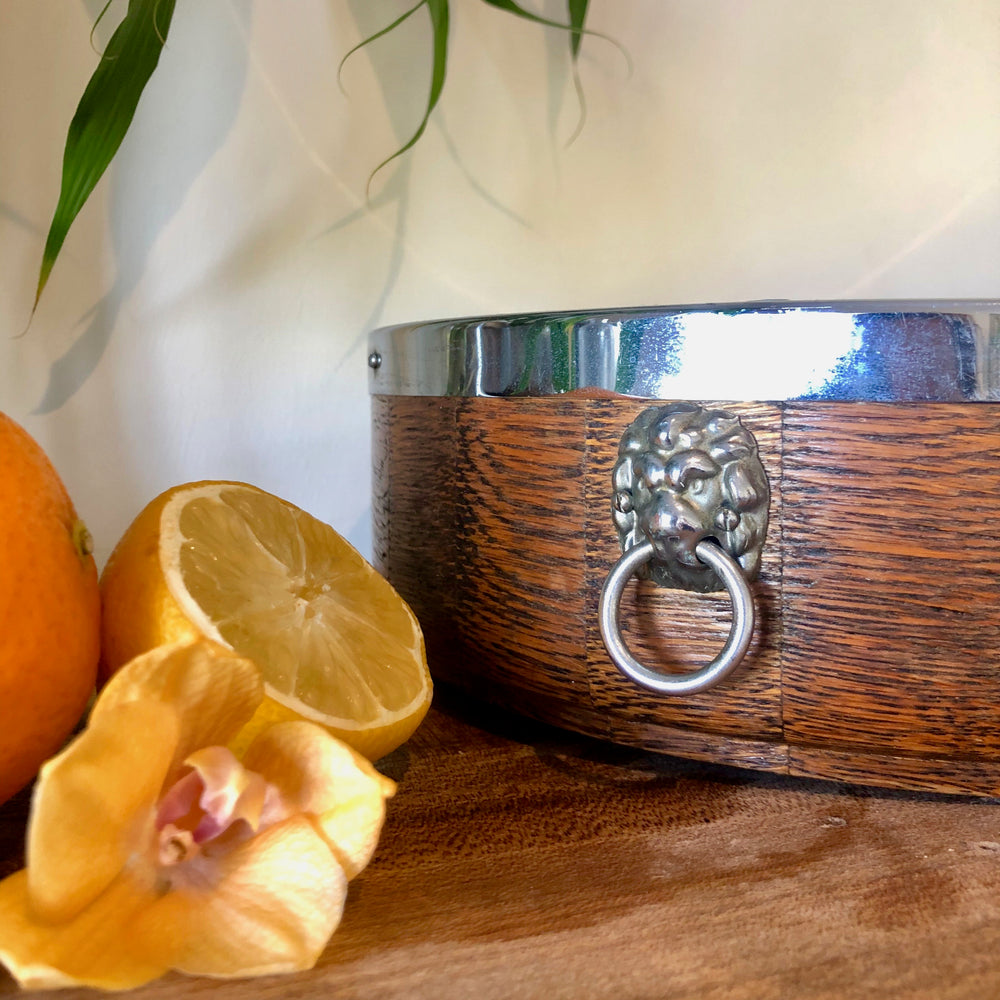 Centrepiece Candle - Wood with Silver Detailing - Mandarin & Grapefruit