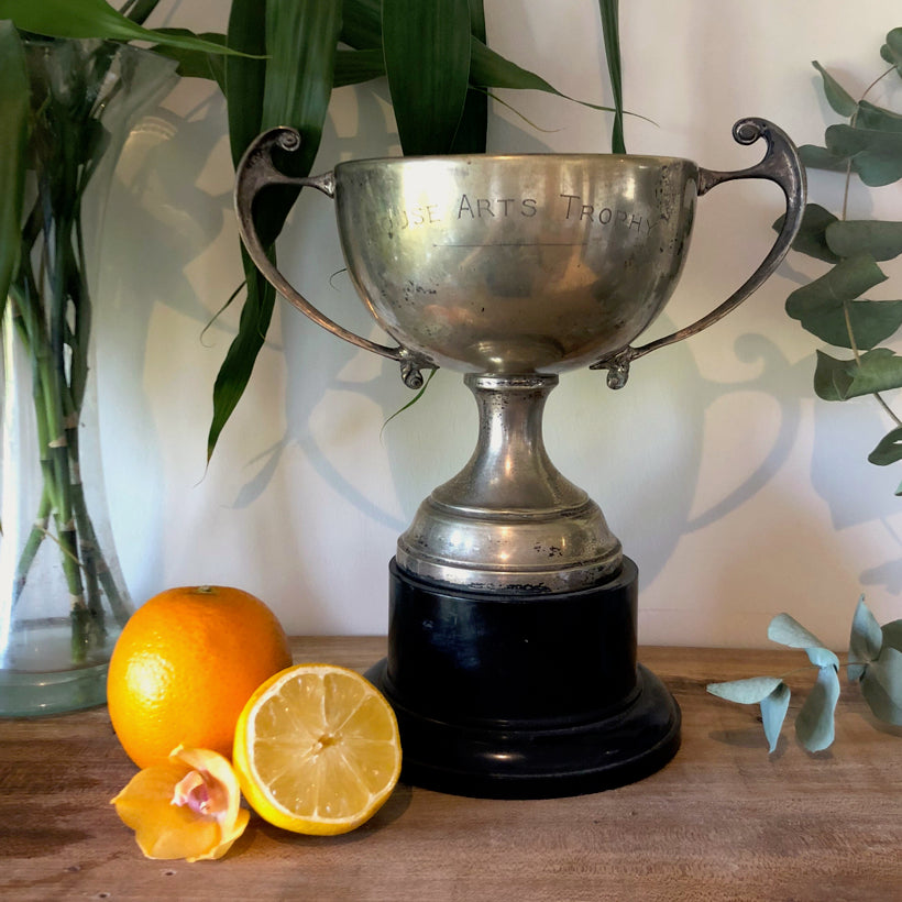 Centrepiece Candle - Silver Trophy- Lemongrass & Rosemary