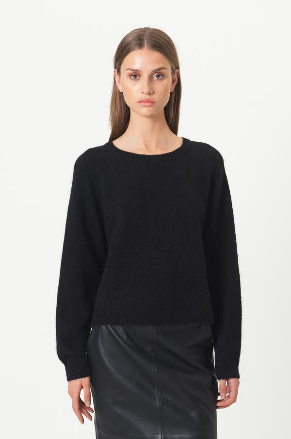 Chantell O Knit - Black