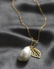 Load image into Gallery viewer, Baroque freshwater pearl Necklace