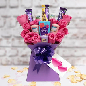 Yankee Candle & Cadbury Pink Roses Bouquet Gift for Her ¦ Send Gift Online A Wine Lovers