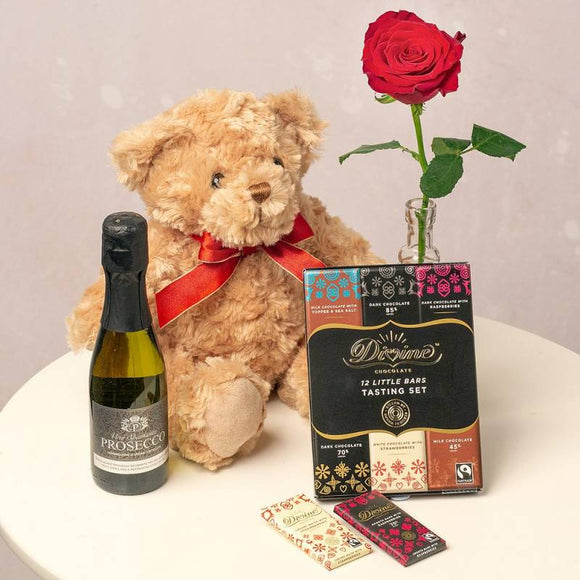 Romantic Teddy Bear, Red Rose, Chocolate & Prosecco Valentine Gift ¦ Online Delivery