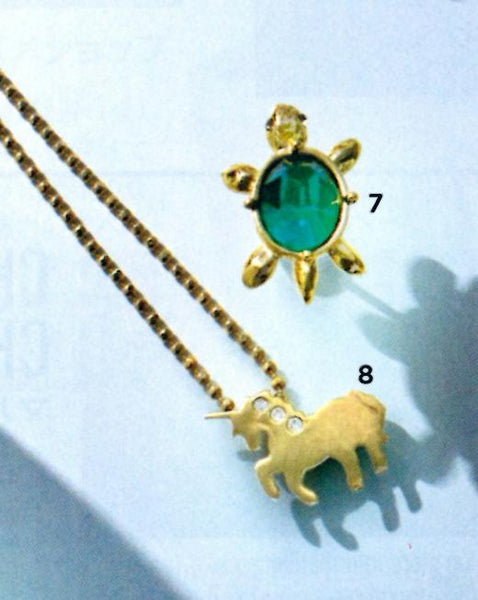 L'OFFICIEL Japan - Page's Unicorn Charm