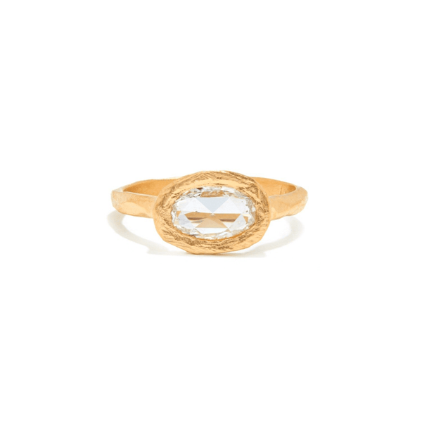 Handmade diamond engagement ring in 18kt gold made in Brooklyn.