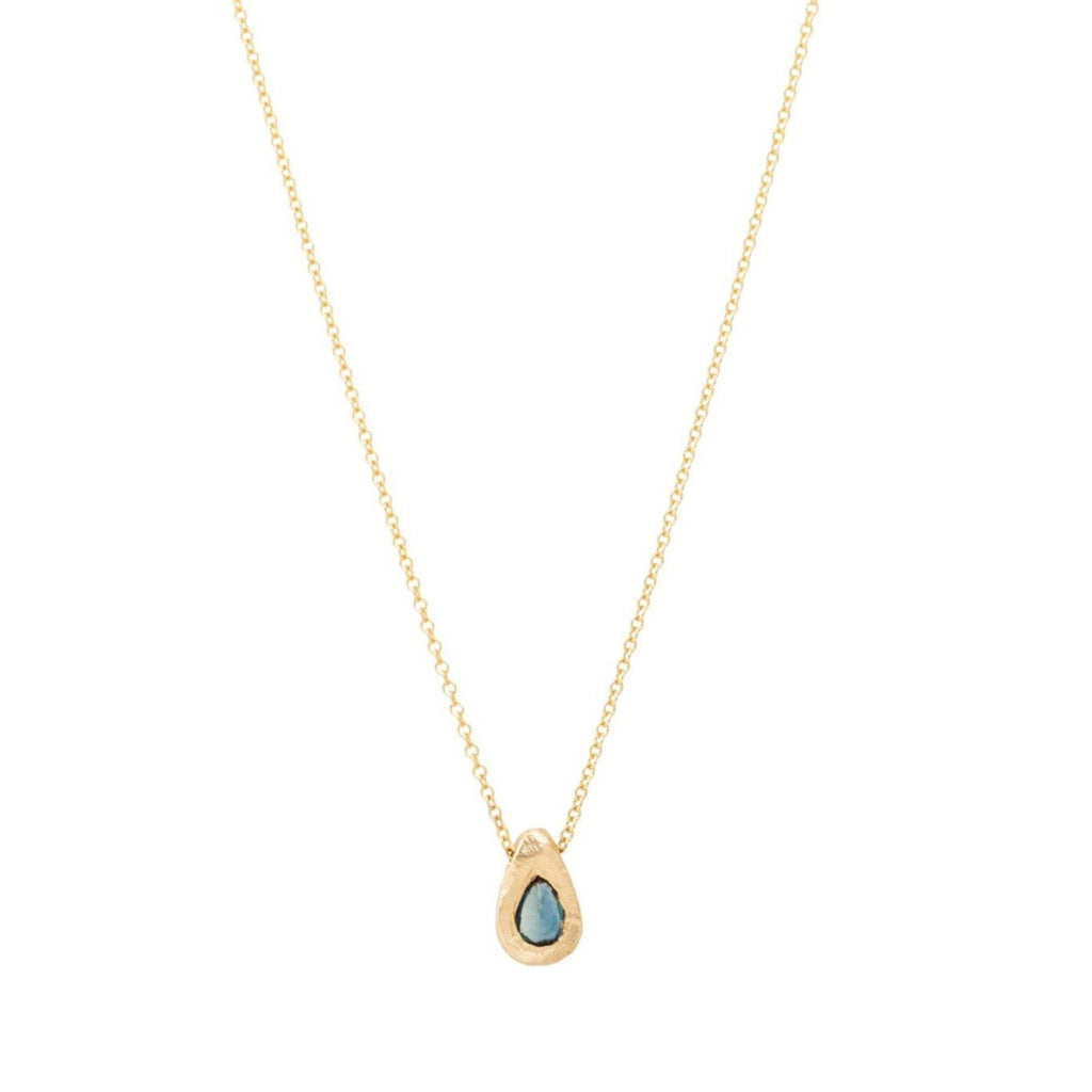 Handmade teardrop sapphire necklace set in 18kt gold