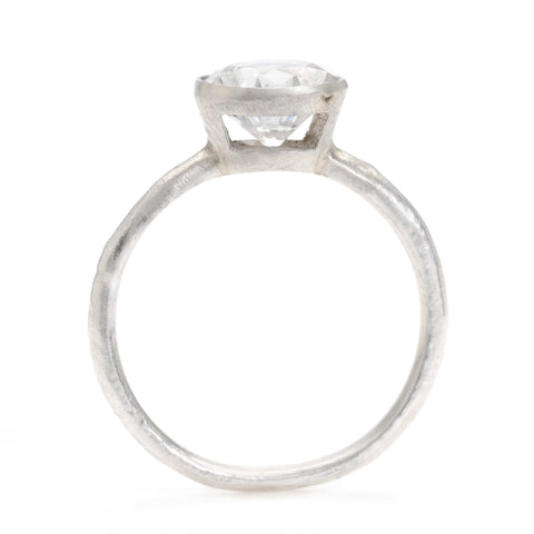 Window Ring in Platinum
