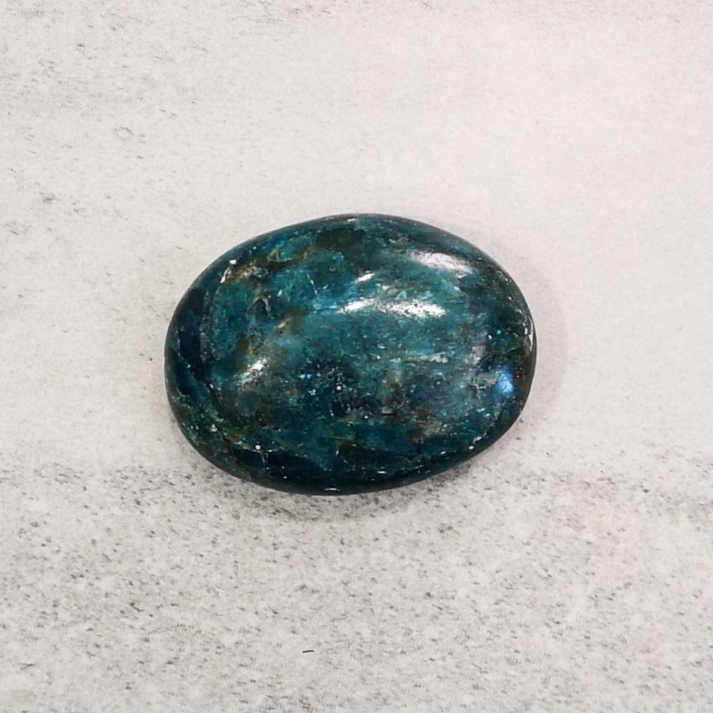 Crystals - Palm stone - Apatite