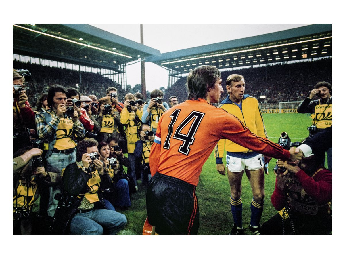 Cruyff's special jersey