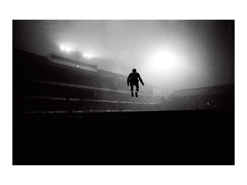 Jumping in the Fog at White Hart Lane