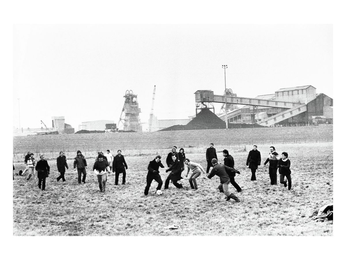 Miners' strike football match, 1984