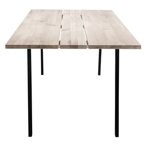 mesa de comedor rectangular, de madera, color natural, patas en color negro, alta calidad