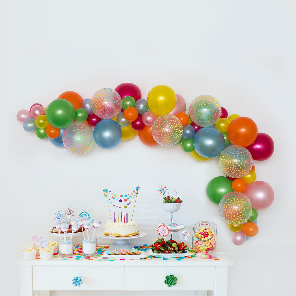 Confetti Kisses Balloon Garland-Oh My Party