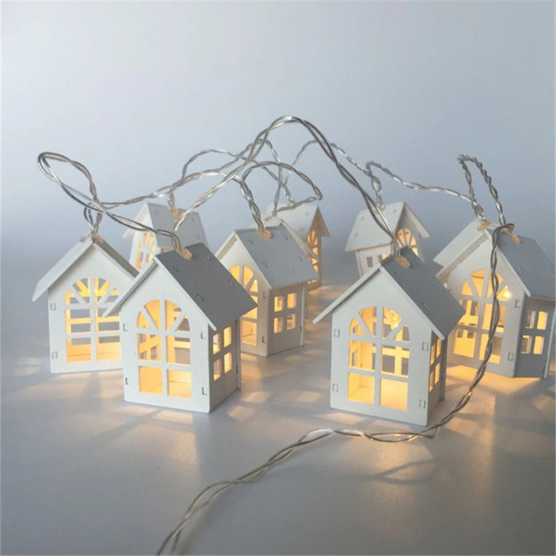 1 5m Battery Operated Wooden Led Lighthouse String Lights In Warm White