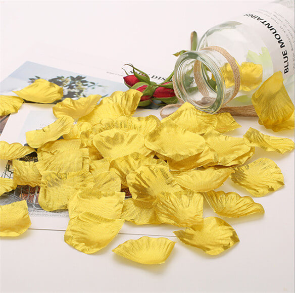Online Party Supplies Australia Artificial Fake Realistic Silk metallic gold Wedding Rose Petals