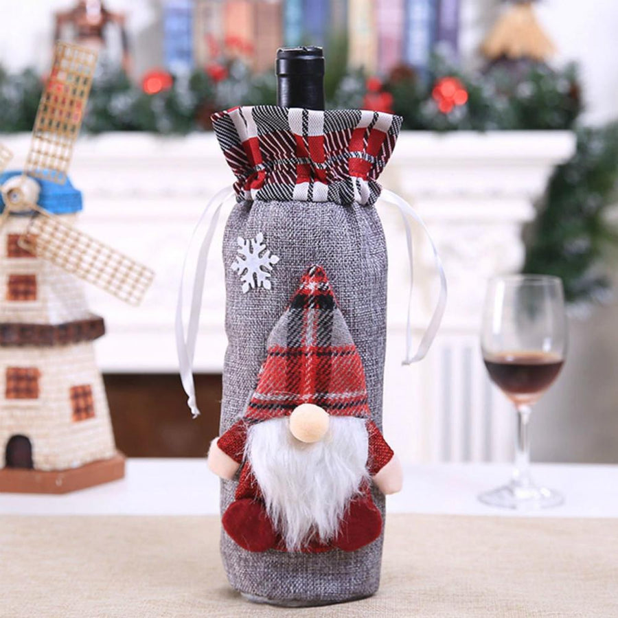 European Style Scandinavian Santa Woodland Santa Claus Christmas Wine Bottle Cover