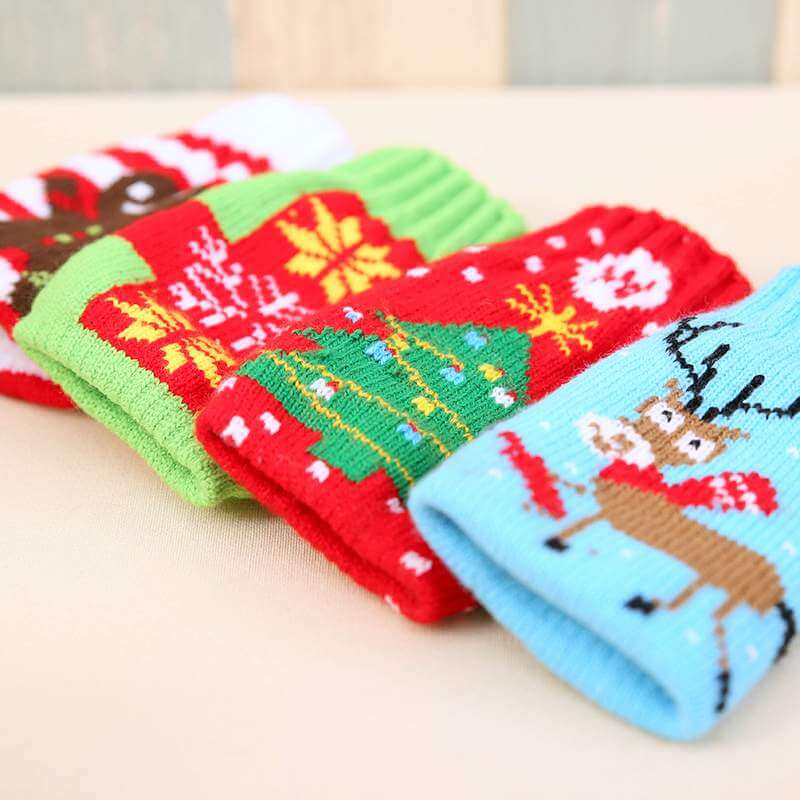 Knitted Christmas Bottle Stubby Holder 4 Pack