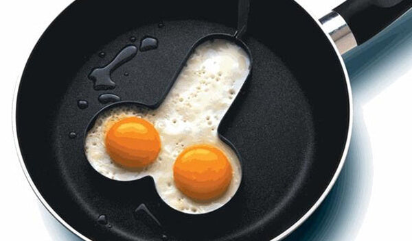 Non-stick Black Iron Willy Egg Fryer