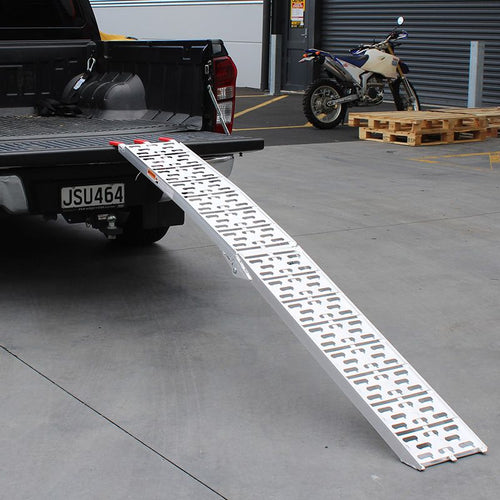 WHITES 001 Alloy Ramp Folding 226x30cm 340kg rated