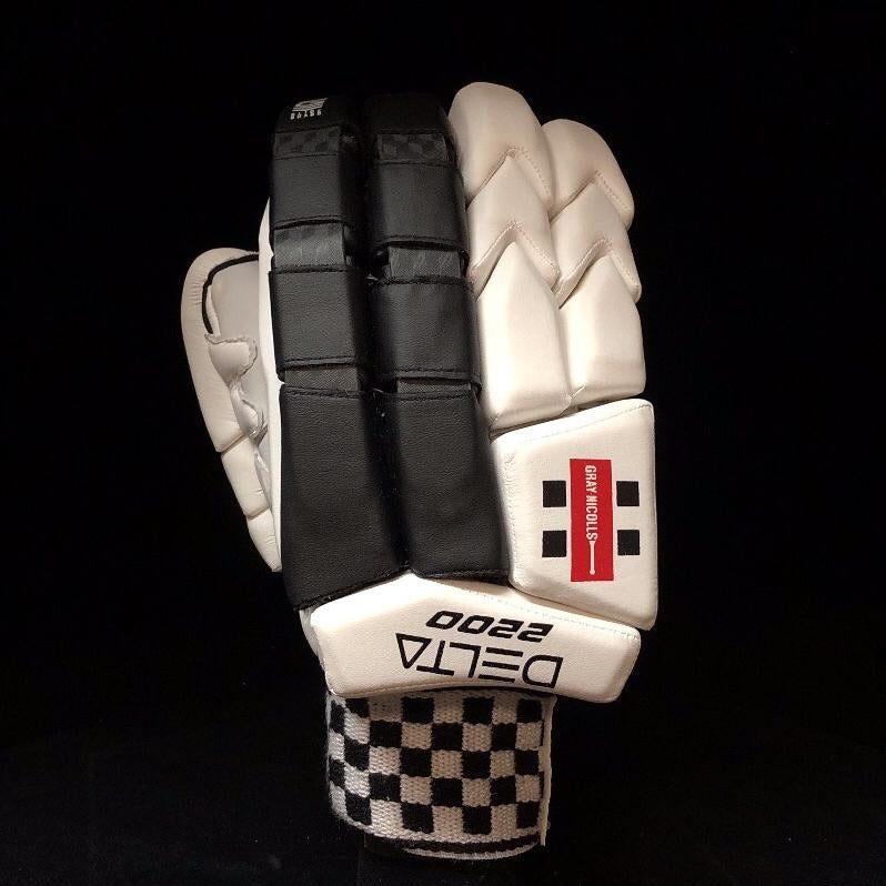 Gray Nicolls Delta 2200 Batting Gloves