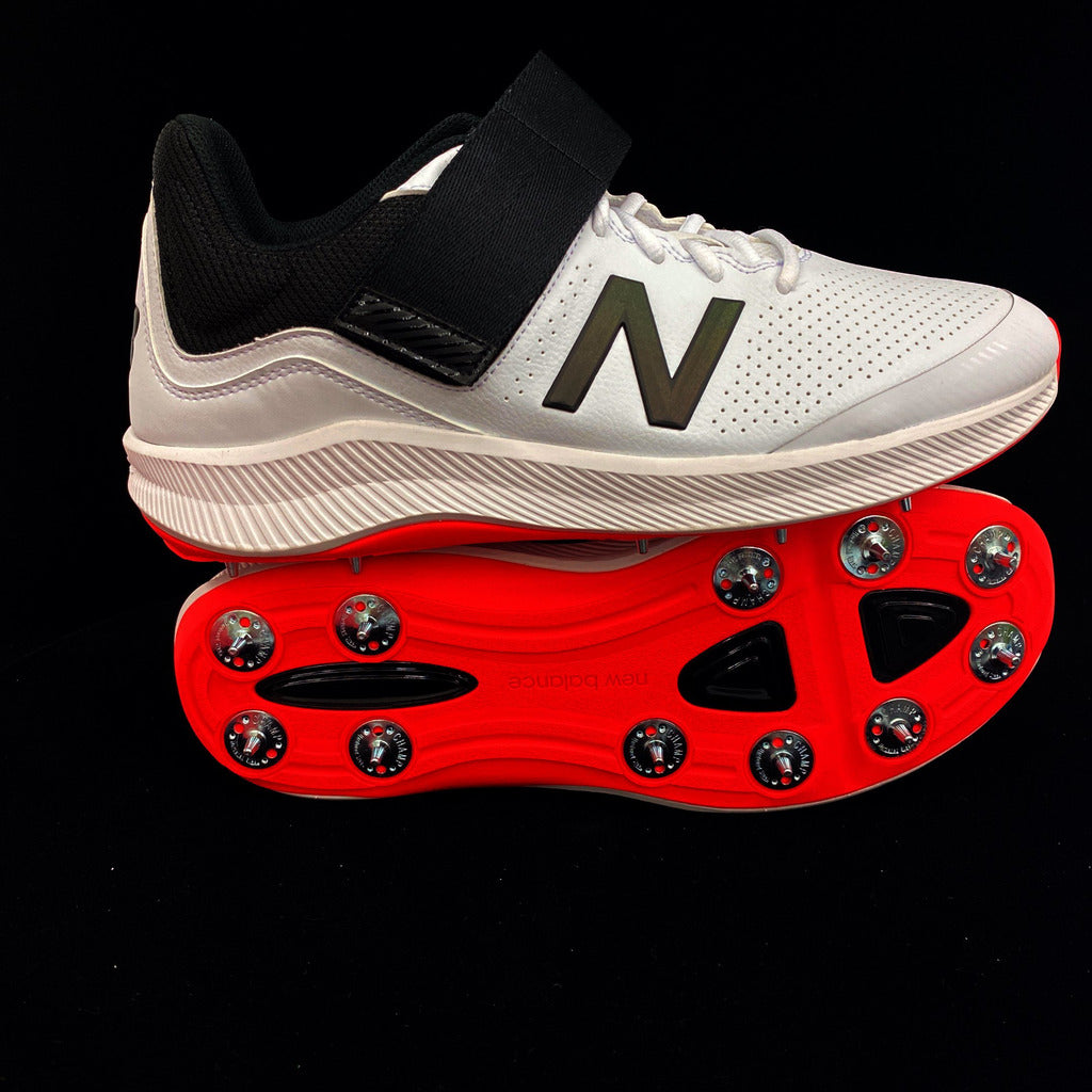 New Balance CK4040 Spike Cricket Shoes