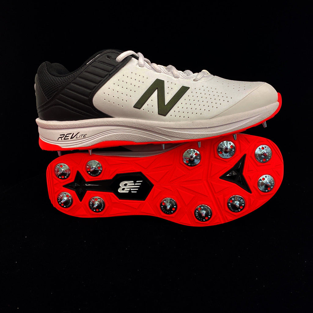 New Balance CK4030 Spike Cricket Shoes