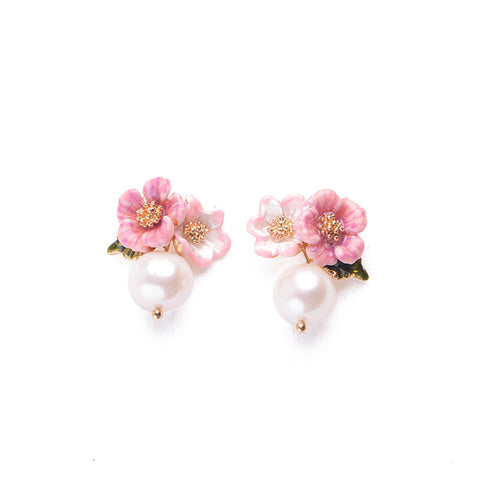Flower Pearl Stud Earrings - Thallo Shop
