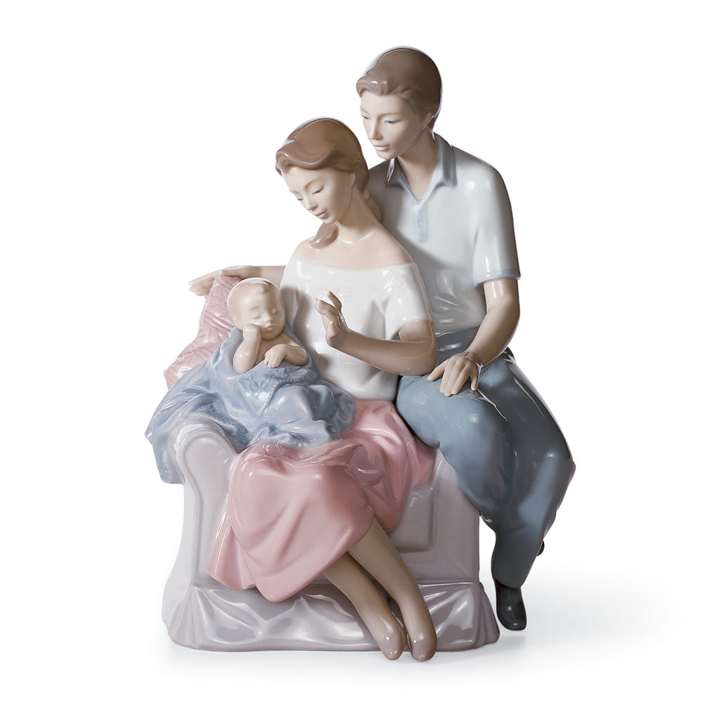 A Circle of Love Family Figurine (1006986)