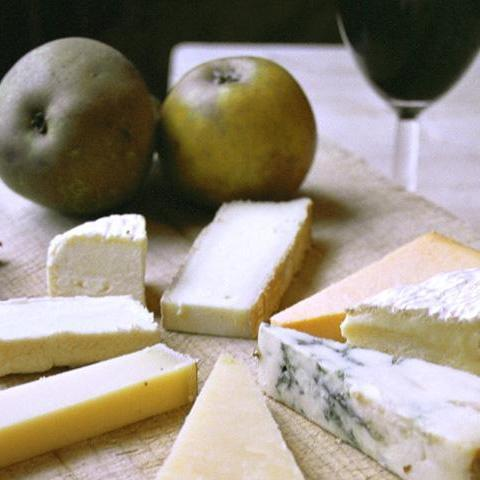 An Autumn Tasting of Cheese with Wine