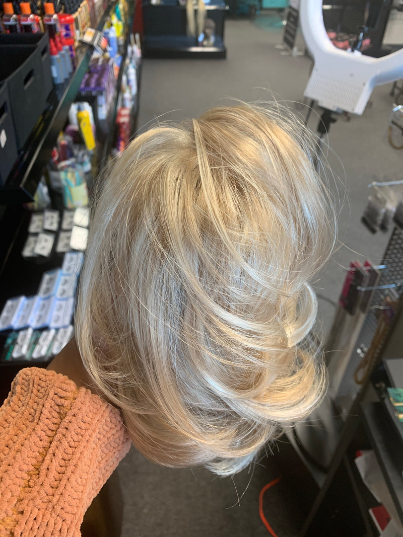 Clip-It Sultry Hairpiece by Revlon (Final Sale)