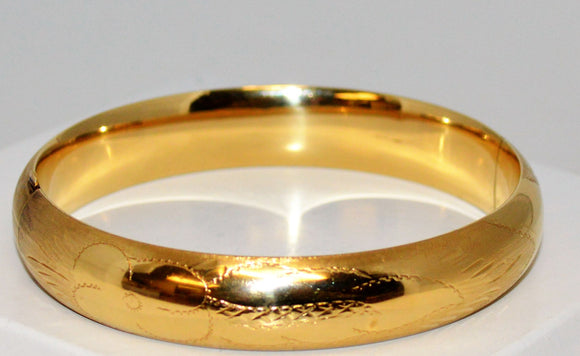 Thick Gold Hinged Bracelet