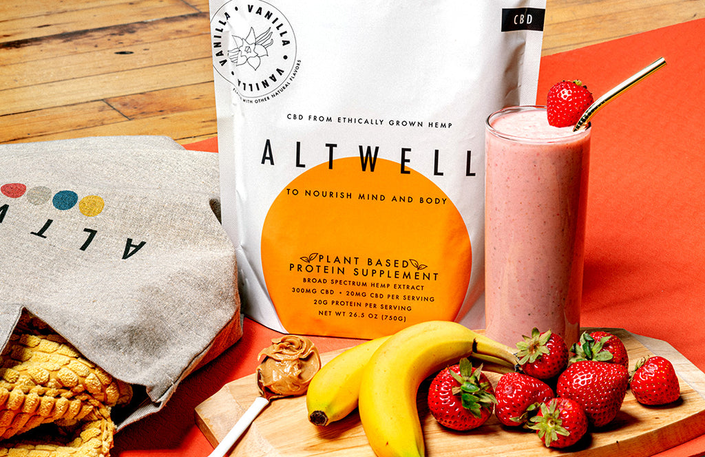 Altwell Protein Powder with CBD in Smoothie