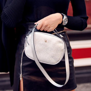 YLIANA YEPEZ handbags Isabella crossbody metallic leather silver weekend collection