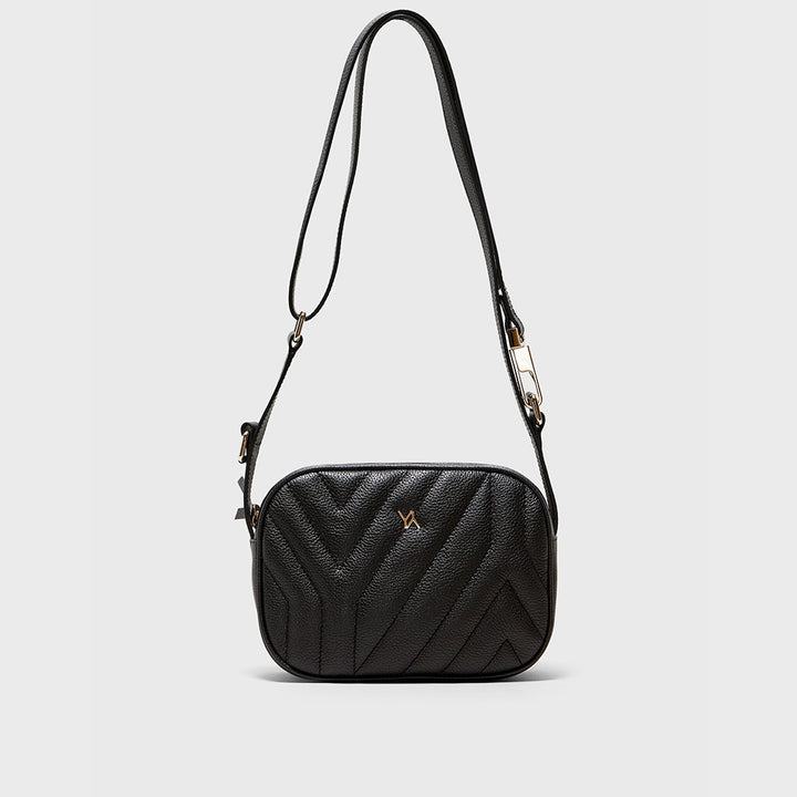 YLIANA YEPEZ handbags Isabella crossbody yy quilted black weekend collection