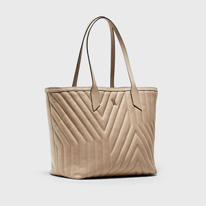 YLIANA YEPEZ handbags Kiara tote yy quilted chalk weekend collection