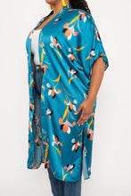 Load image into Gallery viewer, Silky Printed Duster - KIN by Kristine