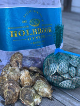 Load image into Gallery viewer, Wellfleet Oysters & Littlenecks from Holbrook Oyster