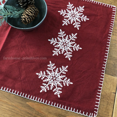 Snowflake Table Runner - Farmhouse-Primitives