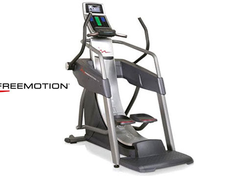 Factory photo of a Refurbished FreeMotion s7.8 Strider Incline Trainer